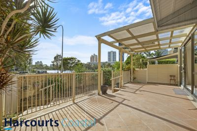 Water Views and walk to Broadbeach Restaurant Precinct