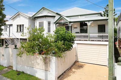 Quintessential Queenslander with Hidden Gem