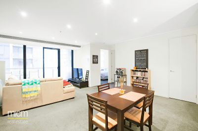 Central Southbank Entertainer Showcases Spacious Style