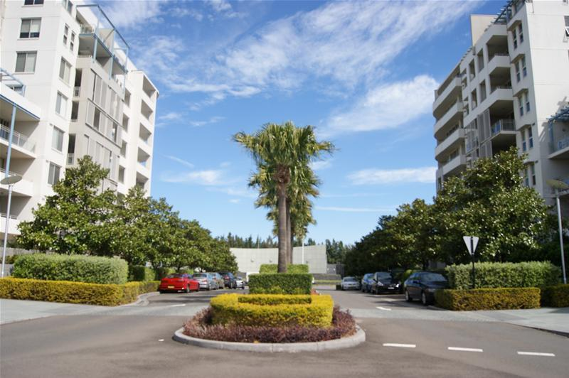 506/1 The Piazza, Wentworth Point