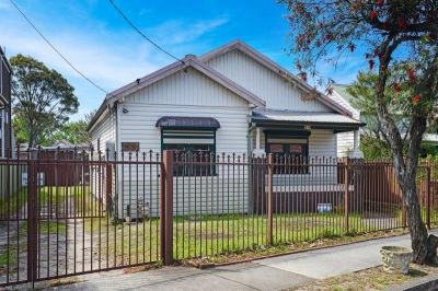 Large 3 Bedroom Family Home for Lease