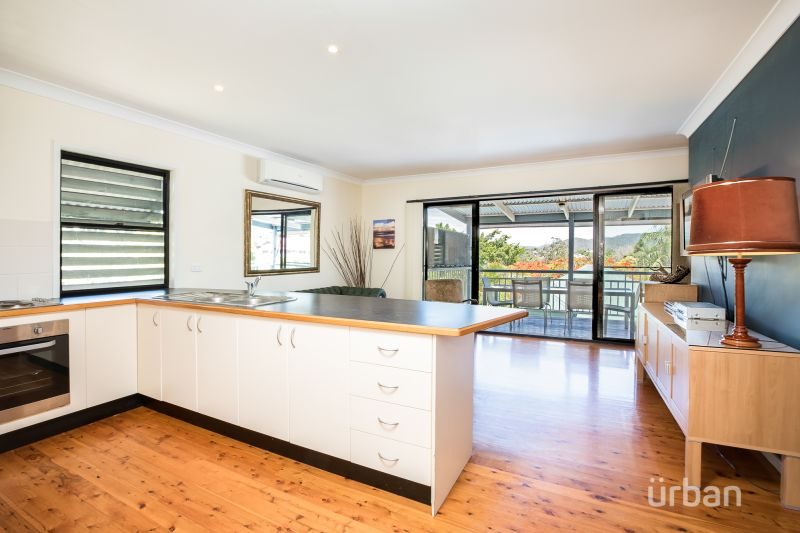 2/16 Glassey Street Red Hill 4059