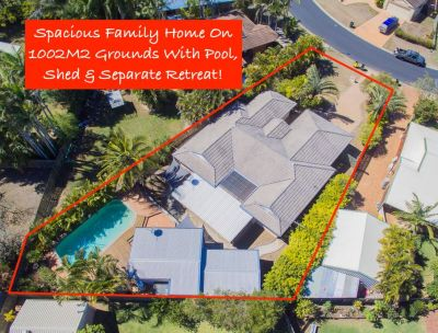 PRIVATE FAMILY OASIS WITH POOL, SEPARATE GAMES ROOM + SHED!