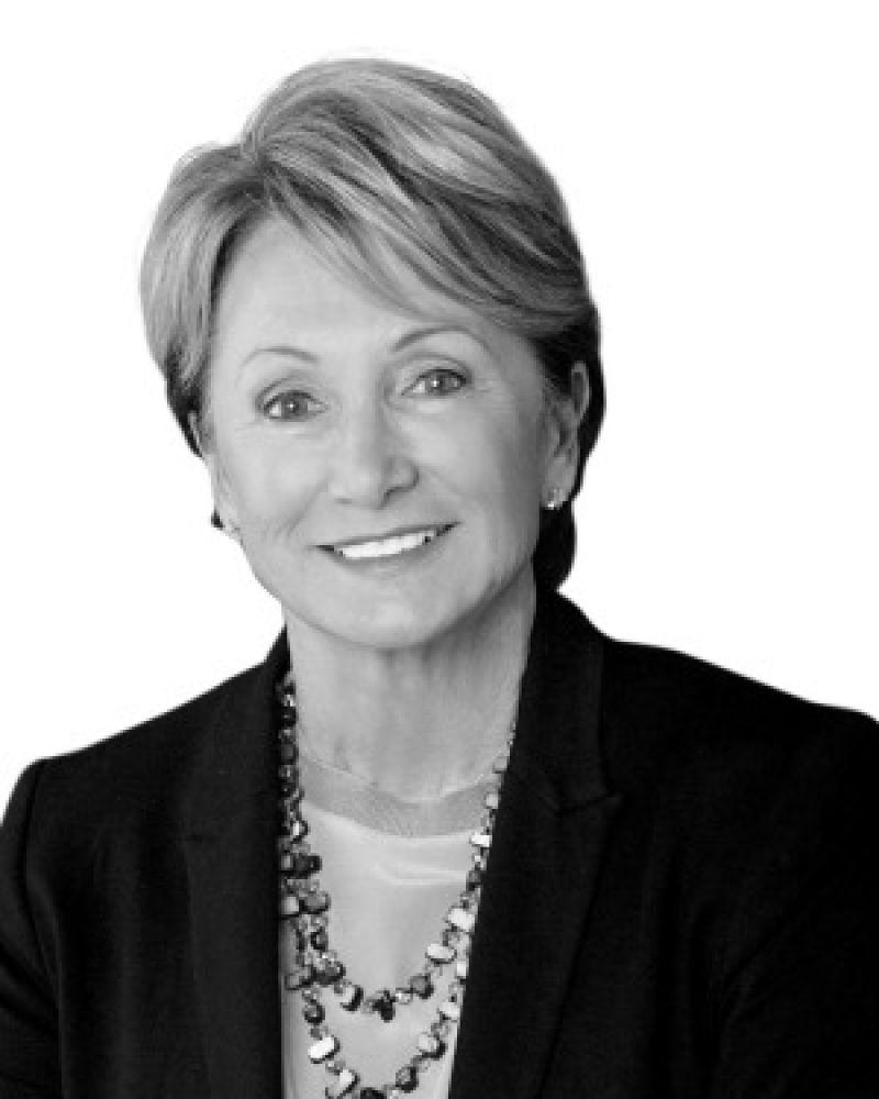 Vicki Cooper Real Estate Agent