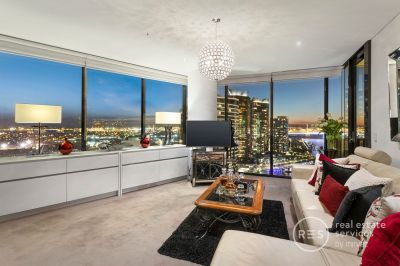 Incredible water views and stylish renovated touches
