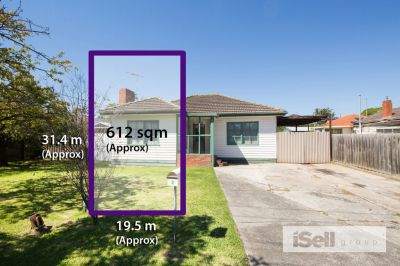 Top Location, Perfect Block, Springvale Central!
