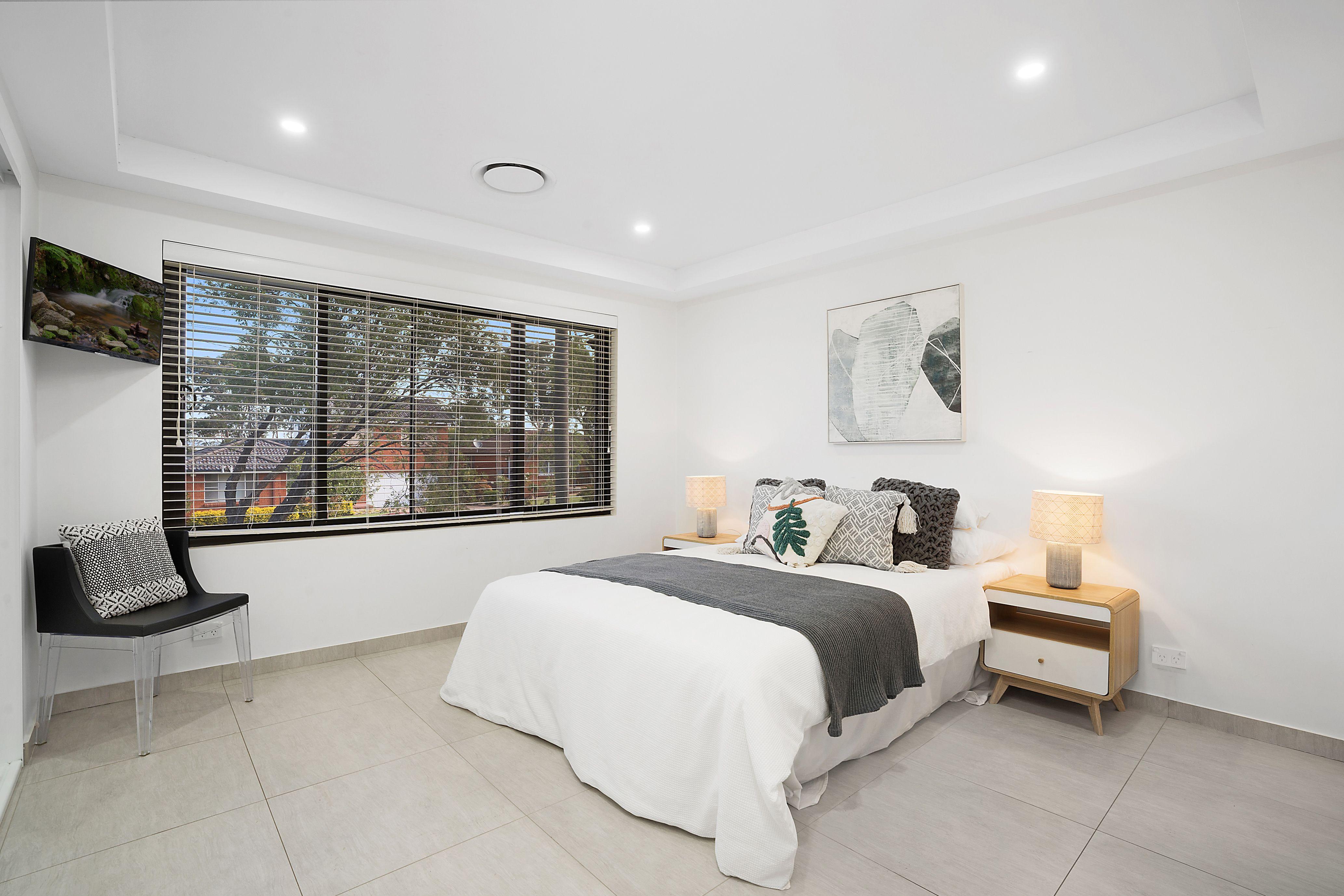 32 Sturt Avenue, Georges Hall NSW 2198