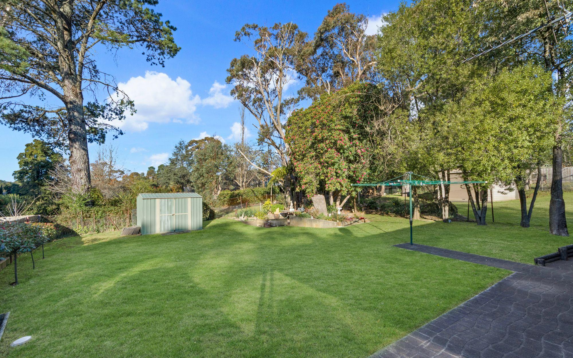 9 Canberra Street Wentworth Falls 2782