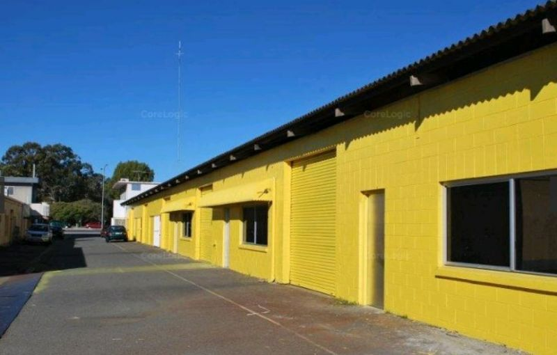 Small Warehouse, Showroom or Workshop - Bundall