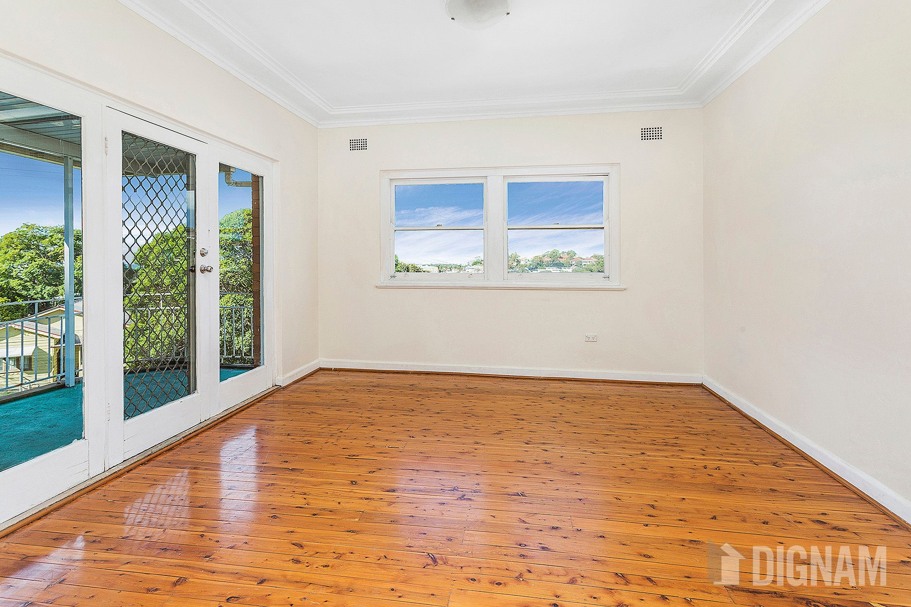 2A Staff Street, West Wollongong NSW