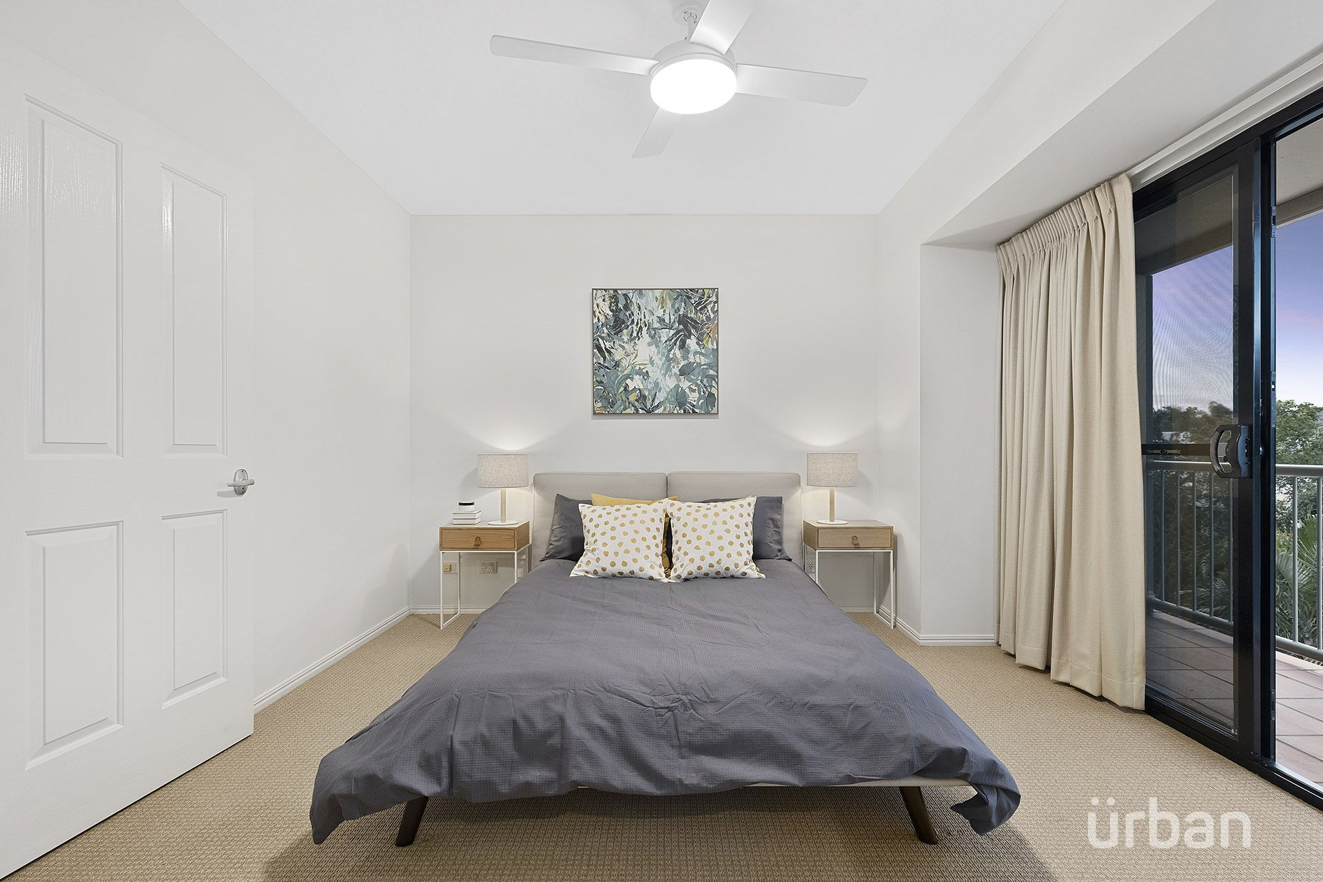 2/65 Woodstock Road Toowong 4066