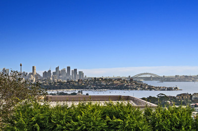 Generous Lifestyle With Majestic Harbour Views