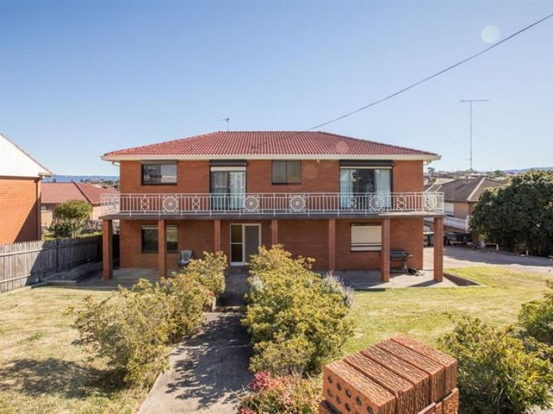 SOLID BRICK HOME WITH GRANNY FLAT