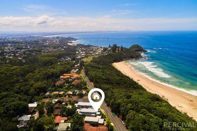 Contemporary Beachside Townhouse - Shelly Beach