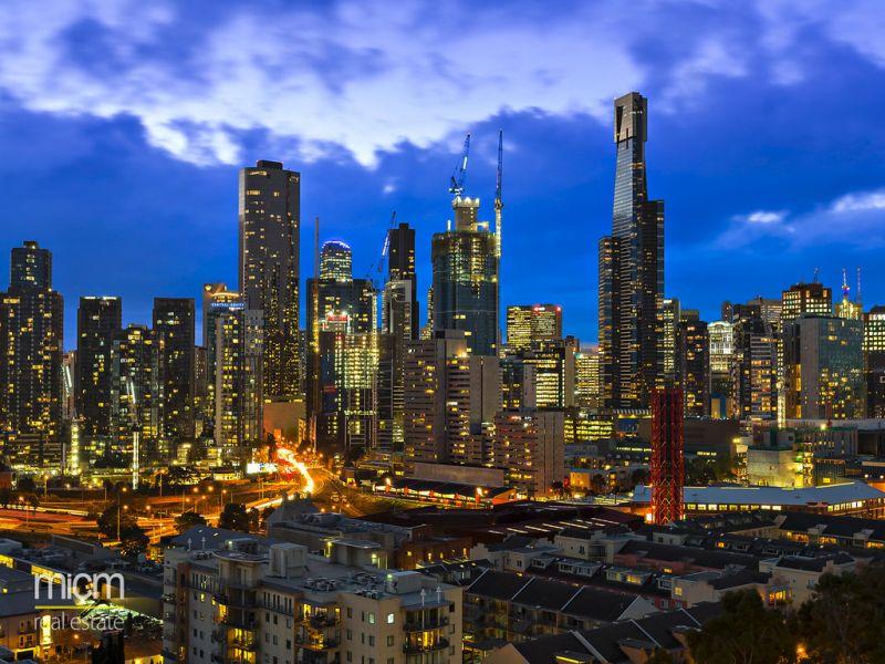 Stunning Indoor/Outdoor Entertainer with Breathtaking City Views