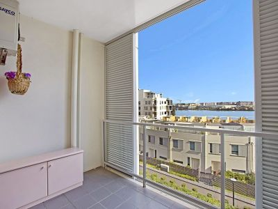 SPACIOUS TWO BEDROOMS IN RHODES