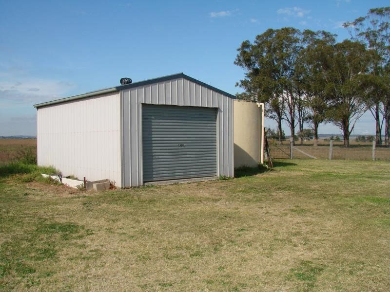 295 Roughit Lane, Singleton
