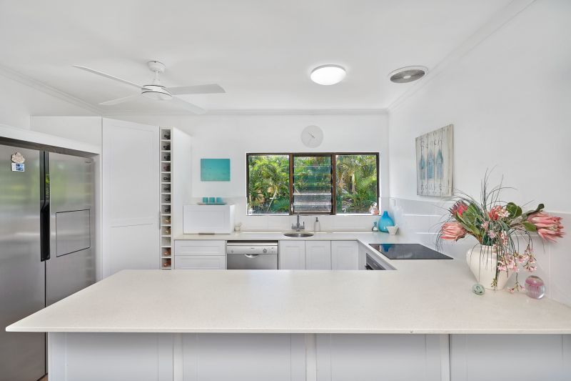 Modern and fully renovated Beach-Side Townhouse