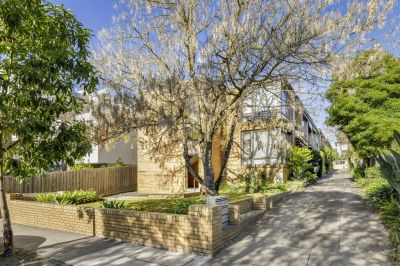 12/76a Campbell Road, Hawthorn East
