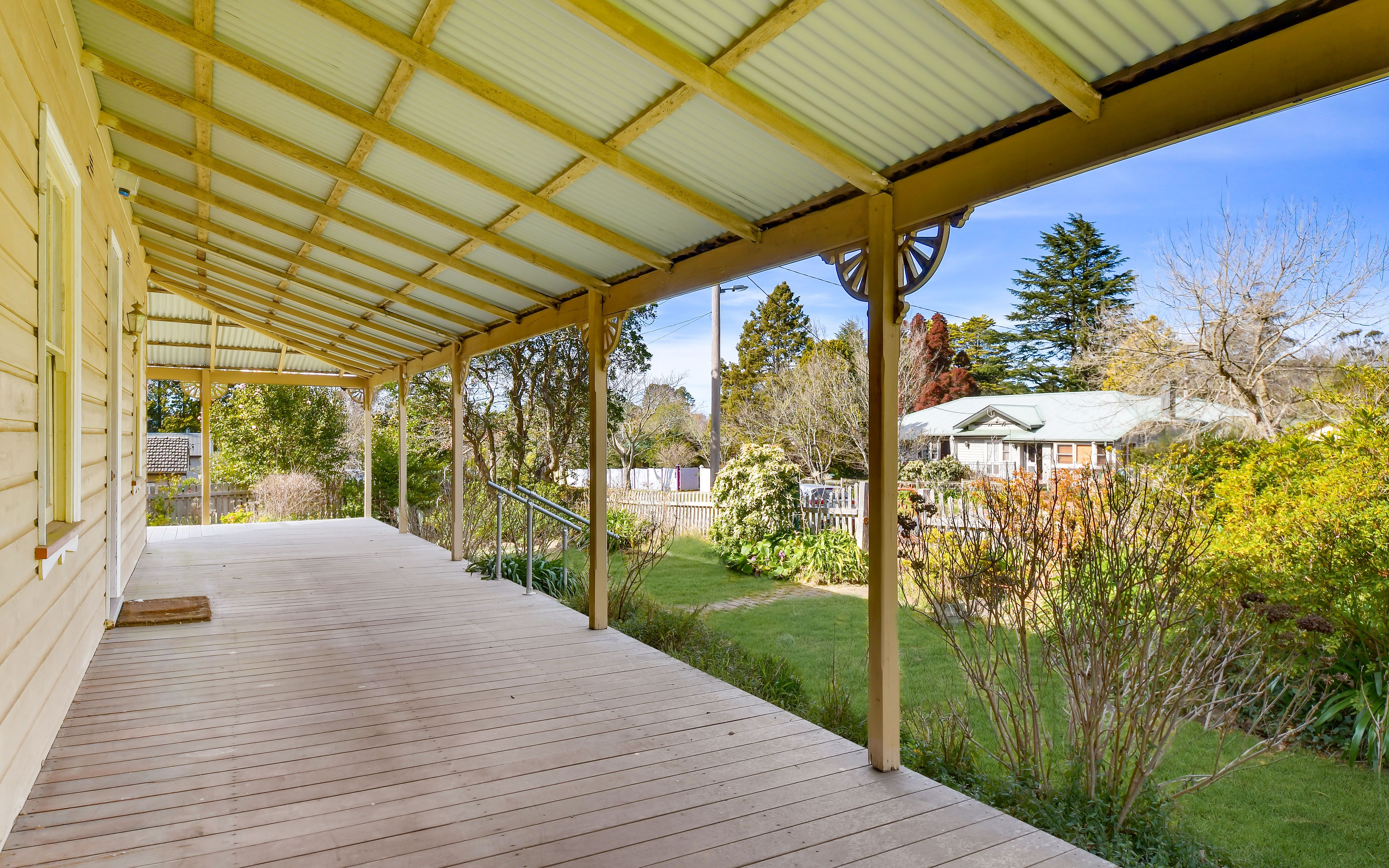 71 Backhouse Street Wentworth Falls 2782