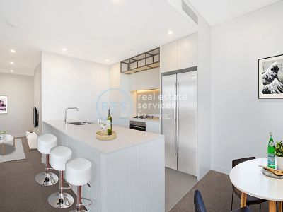 Bright 2-Bedroom Apartment with Study Nook in Marrickville