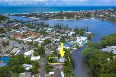 The Perfect Waterfront Renovator or Knock Down - Set in the Ultimate Lifestyle Location