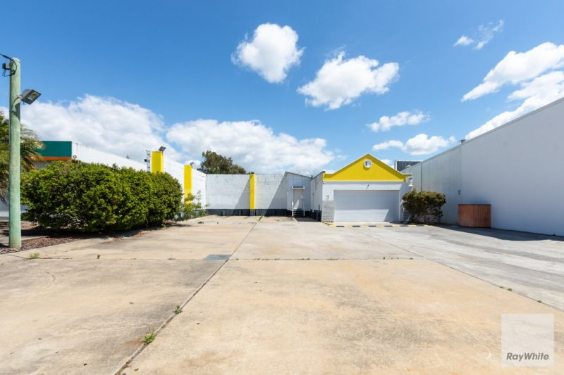 546m2 Land For Sale on Nicklin Way | High Profile, Prominent Position