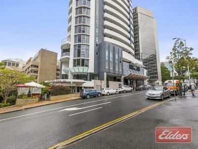 FUNCTIONAL OFFICE TENANCY - SECOND TO THE CBD!