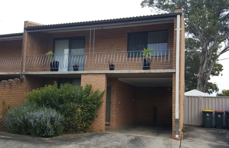 Renovated 2 Bedroom Townhouse