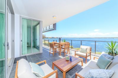 Entry-Level Opportunity - Ground-Floor with Stunning Views