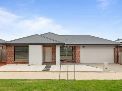 STUNNING 3 MONTHS OLD MODERN FAMILY HOME WITH $20,000 FHOG ELIGIBILITY