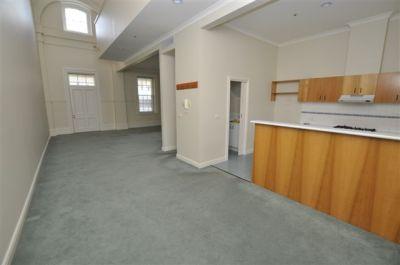 Willsmere Estate: 12 Wiltshire Drive - Stunning Double Storey Apartment!