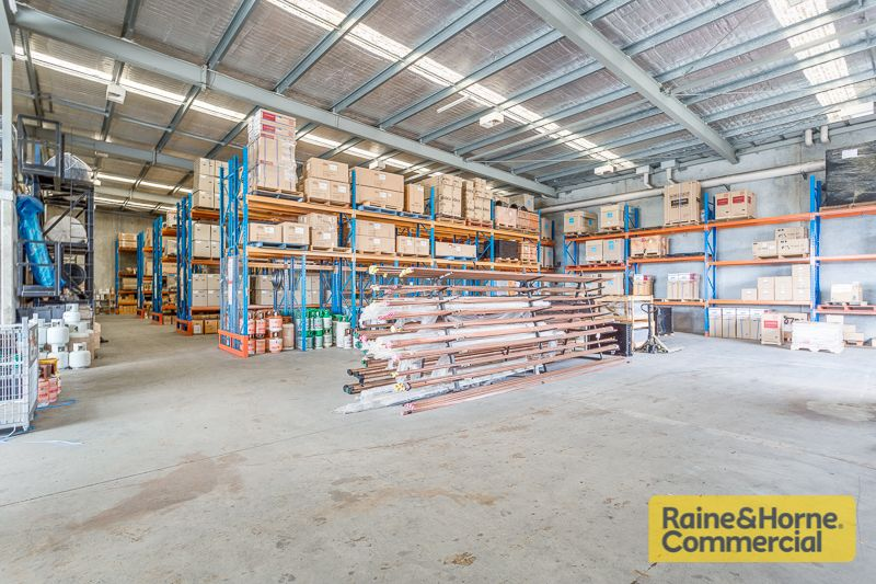 New Lease to Strong National Tenant - Freestanding Tilt Panel Building