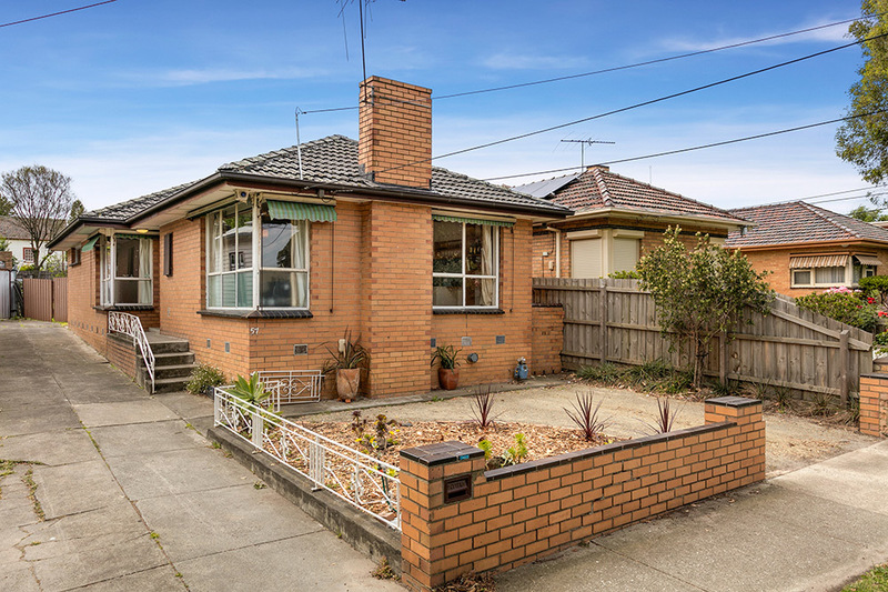 GREAT INVESTMENT OPPORTUNITY IN PRIME NORTHCOTE LOCATION
