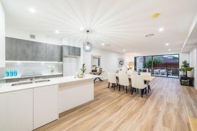 Contemporary Brand-New 4 Bedroom Villa