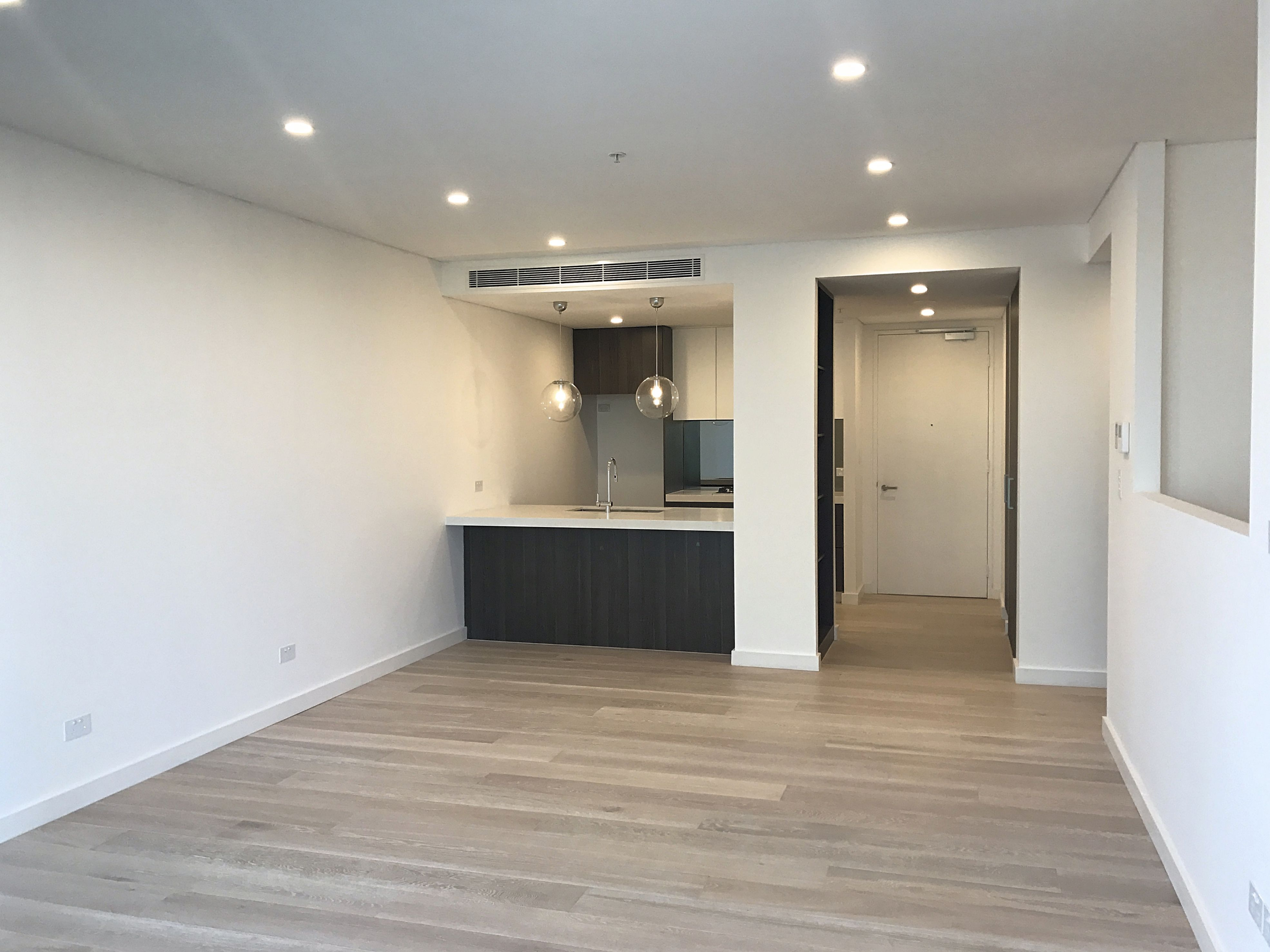 HUGE 99m2 TWO BEDROOM PLUS STUDY WITH FULL WIDTH 27m2 ENTERTAINERS TERRACE