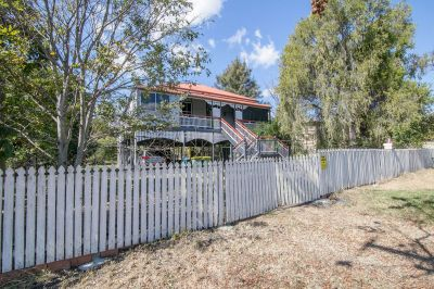 SUBDIVISION POTENTIAL IN SOUGHT AFTER LOCATION