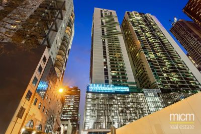 Australis: Two Bedroom Apartment in a Perfect City Location! L/B