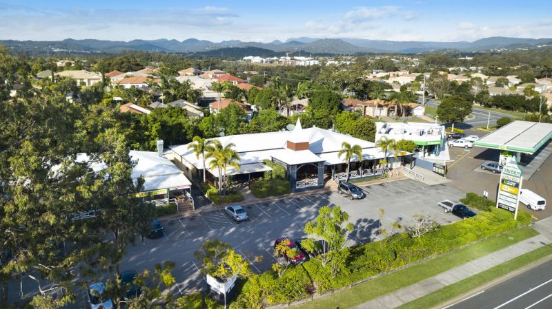 Well Established Retail Centre – Central Location With Long Leases