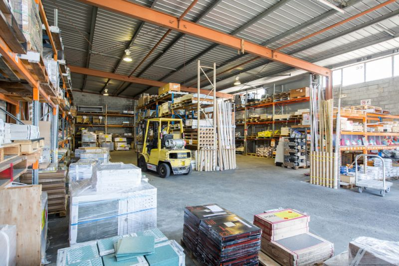 Showroom Investment - $183,780* Nett Income,  Bundall Road Position