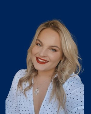 Elly Magee real estate agent