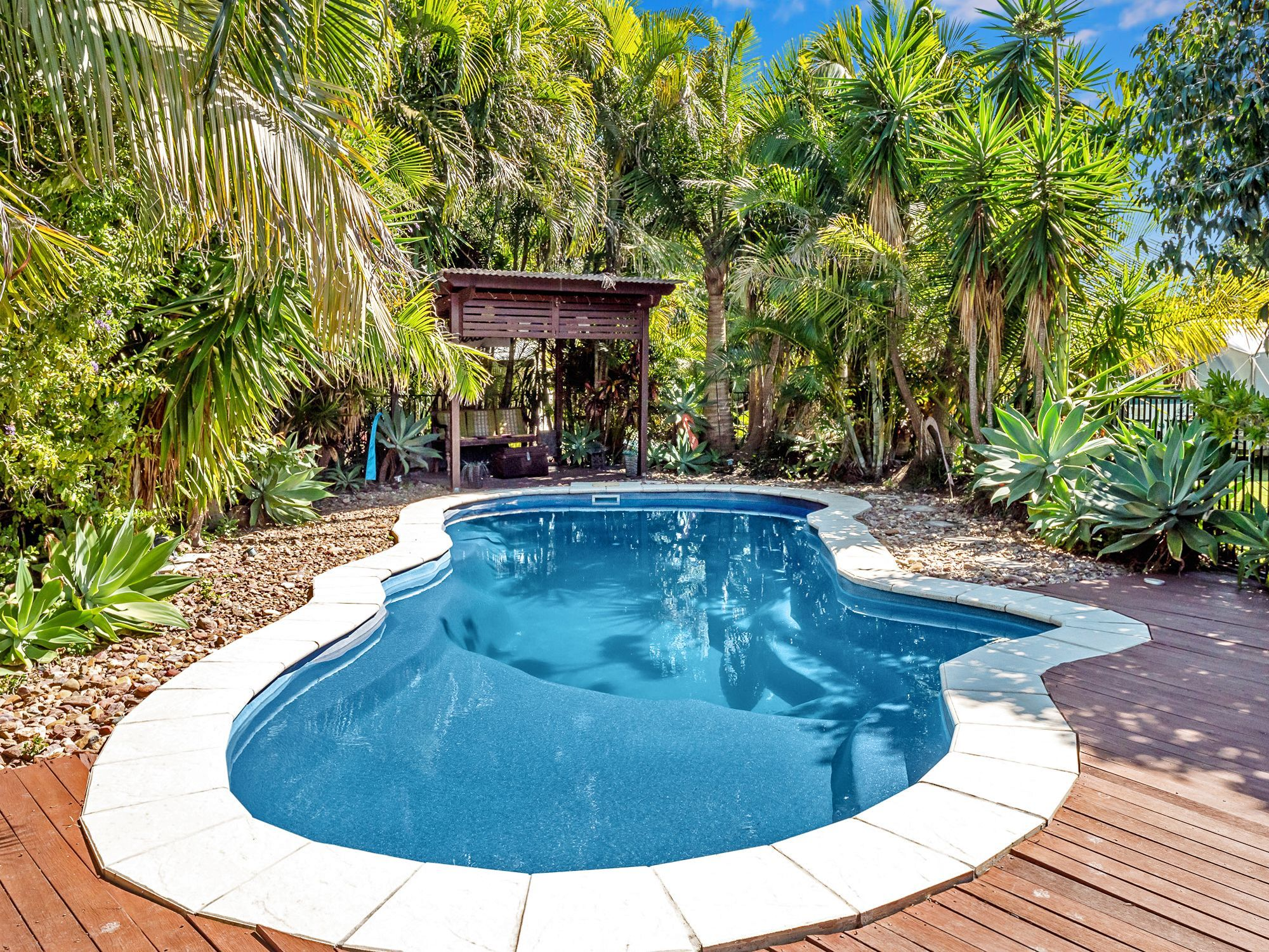 13 Walkers Road, Urangan