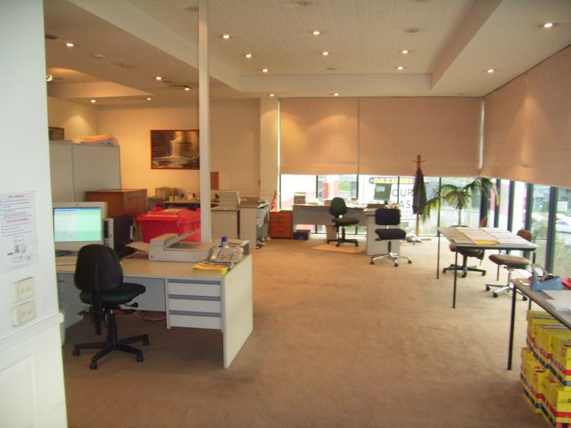 CORPORATE OFFICES IN HIGH PROFILE LOCATION