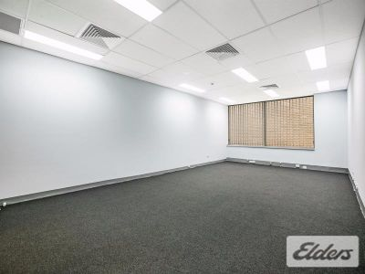 CHEAP OFFICE WITH 2 CARS!