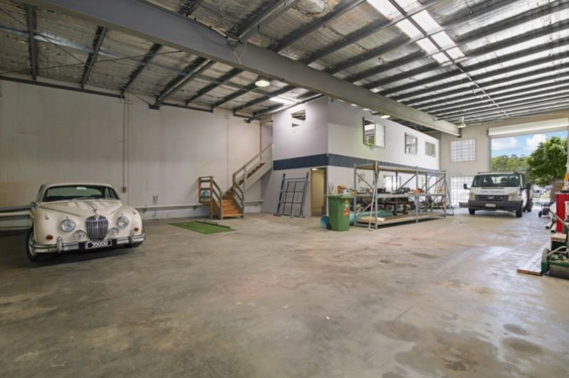 Cheap Quality Industrial Unit! This Will Not Last Long - Be Quick!