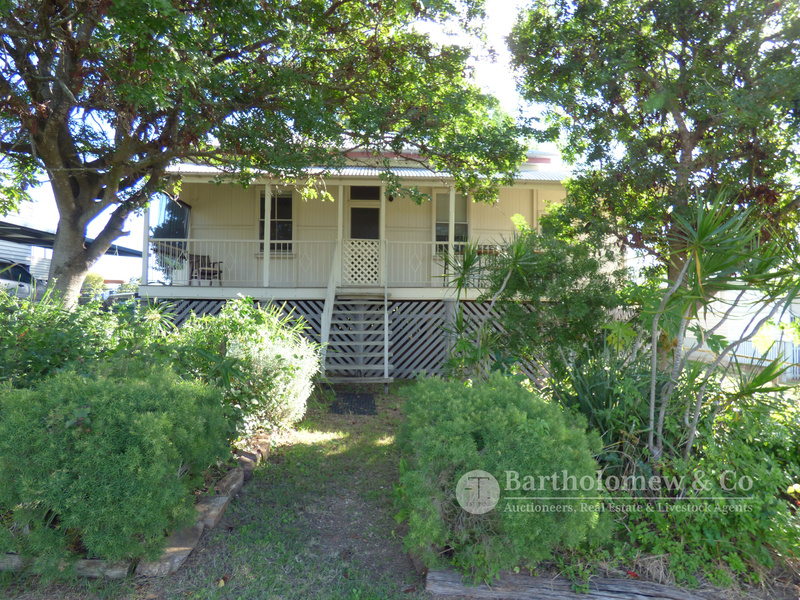 APPLICATIONS PENDING - Highset Qld style home on an elevated block