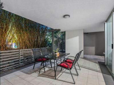 Large 3 Bedroom Unit just Moments from CBD