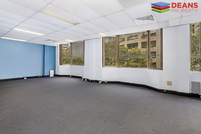 Fantastic Office Floor Available Now !!