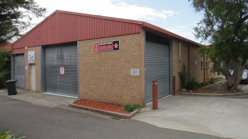 Great Value Warehouse Space – Outstanding natural light