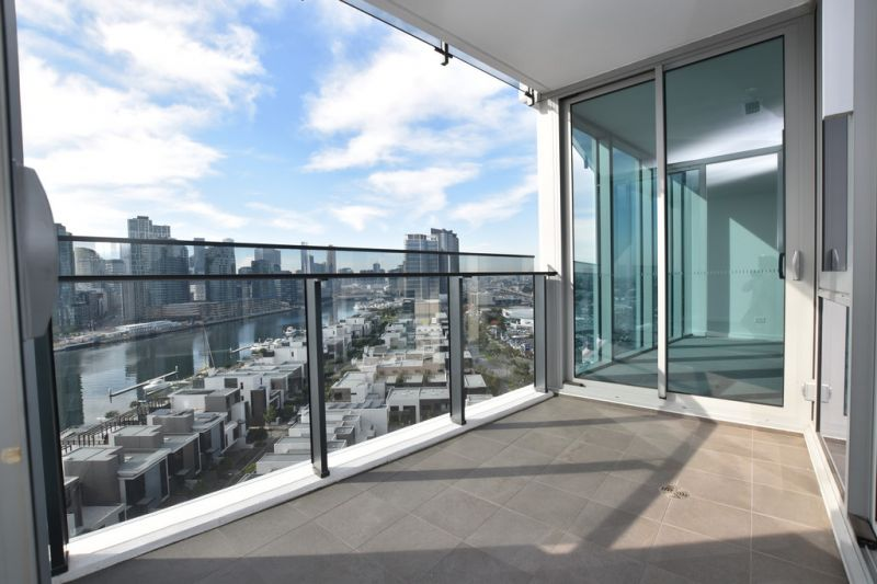 Forge: Stunning and Spacious Two Bedroom Apartment in the Heart of Melbourne!